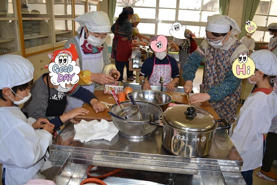 ボナペティ 久留米 フードドライブ お料理をするこども達