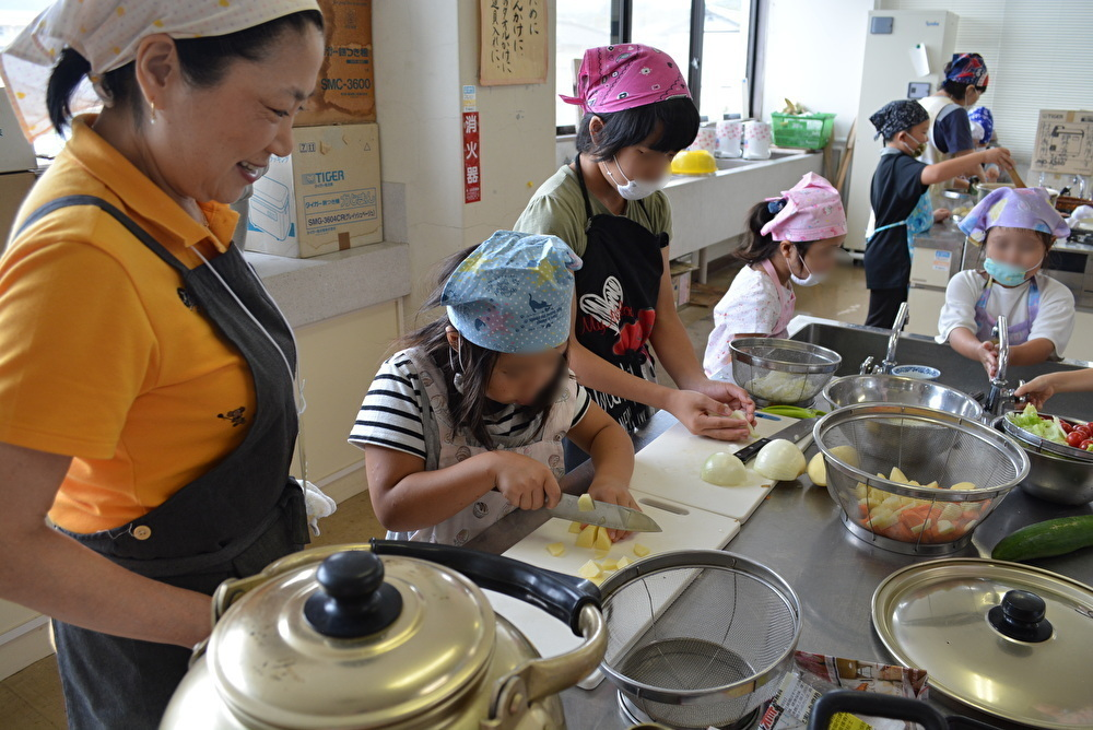 ボナペティ 久留米 学童保育所にて子どもと調理